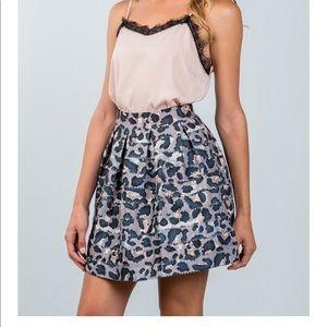 Dresses & Skirts - New Arrival 💕 Animal Print Grey Mini Skirt💕
